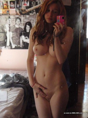 mirror self shot girls pics